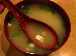 Miso Soup with Scallions – A tasty cure for the common cold